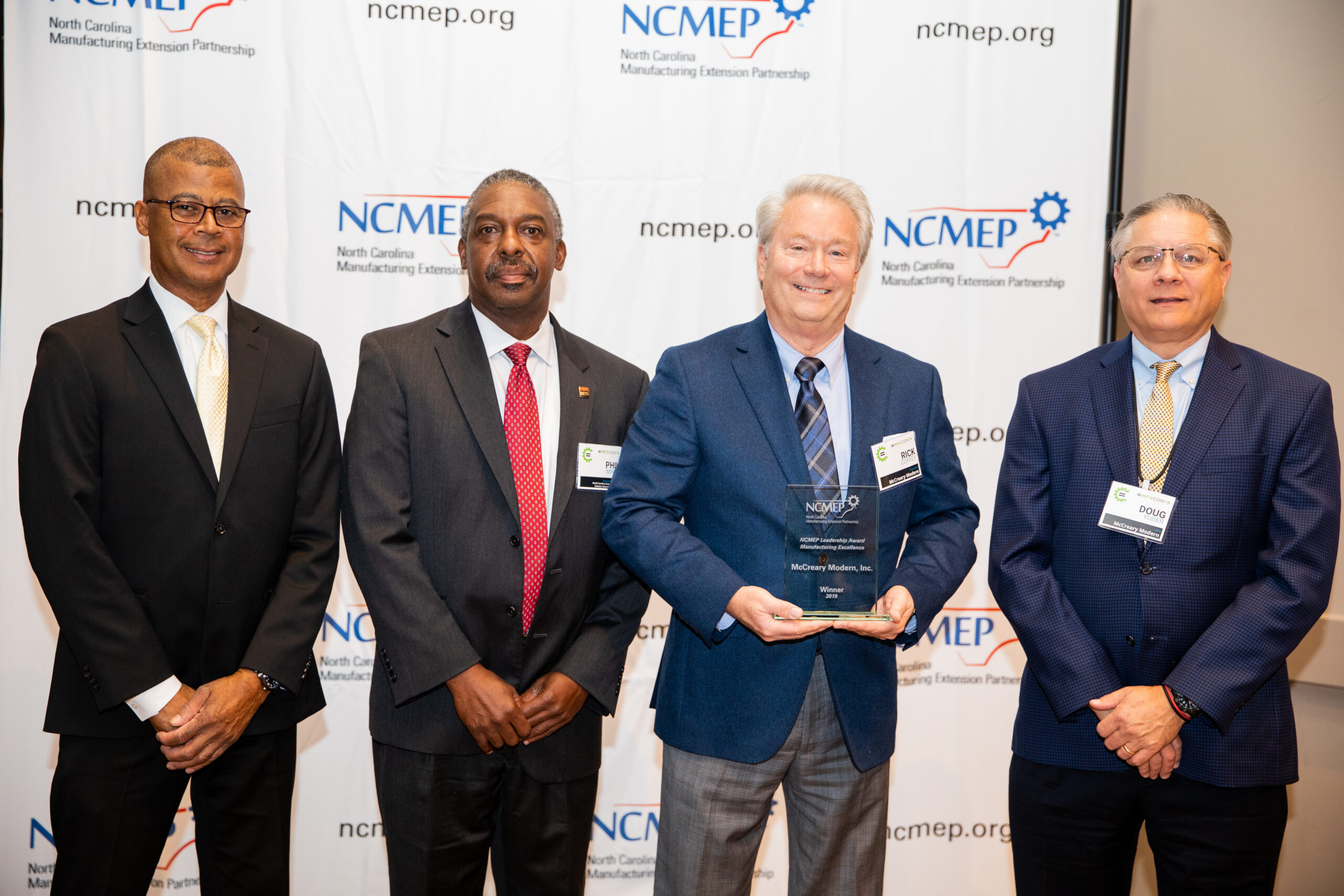 mfgCON19_Award-Winners-McCreary Modern Inc Photo